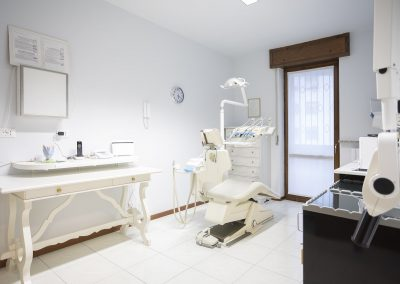 Dentista San Nicolò Rottofreno Piacenza - Dr. Marco Emili
